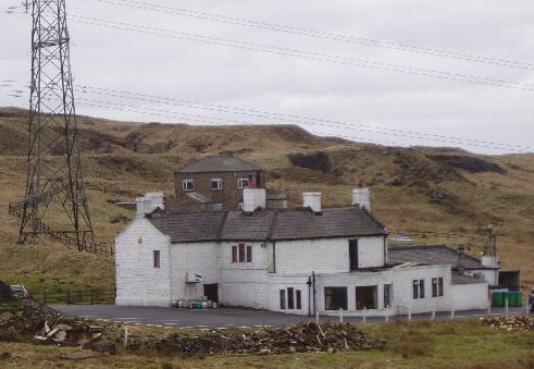 The White House pub from the Pennine Way